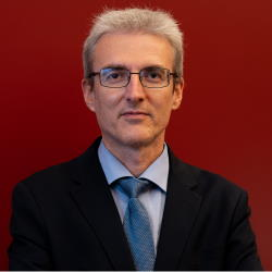 Enzo Veiluva